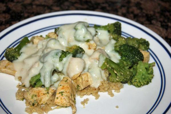 chicken-broccoli-alfredo-on-my-plate