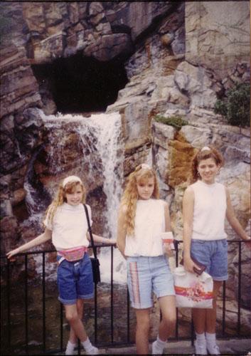 Me-Sisters-1991