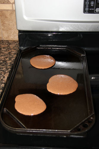 Cooking-Chocolate-Protein-Pancakes