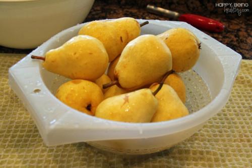 Rinsing pears